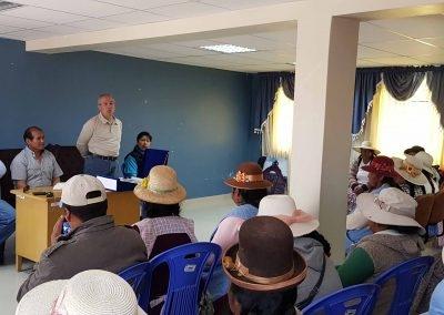 Reunión de usuarios del proyecto con representate de Manos Unidas y CEDER