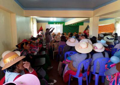 Presentación del proyecto a beneficiarios de Huata